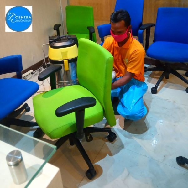 centrajasacuci.com layanan jasa cuci kursi kantor murah di jakarta